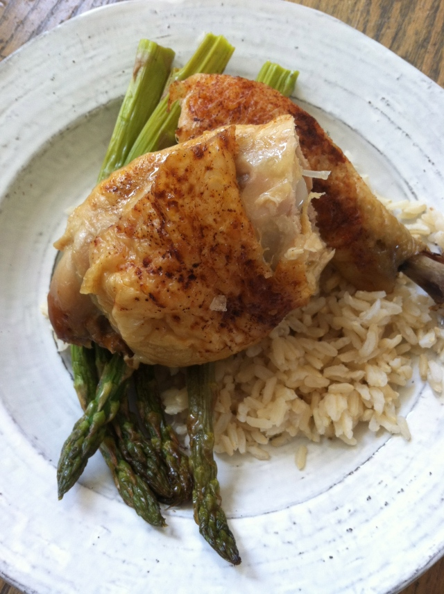 Chicken and garlic sticky rice and asparagus